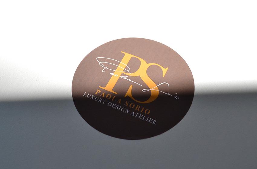 Realizzazione marchio per la nuova attività di Paola Sorio che produce arredi di lusso totalmente sviluppati in Italia, a Verona.